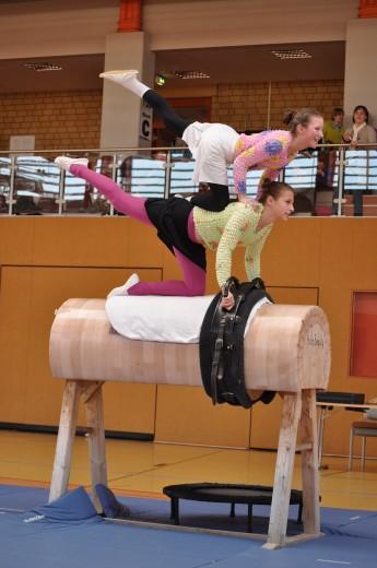 Am 23. März gibt es zum fünften Mal Voltigierkunststücke im Sportpark Dippoldiswalde zu bewundern. (Foto: privat)
