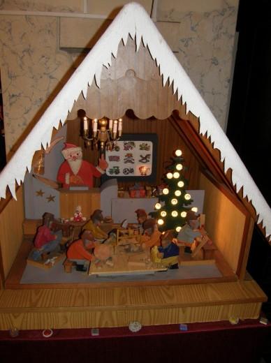 Weihnachtsmannwerkstatt von Heinz Büttner