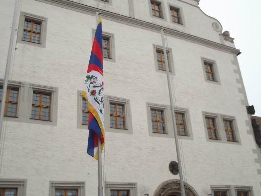 Tibet-Flagge in Dipps (Foto: Harald Weber)