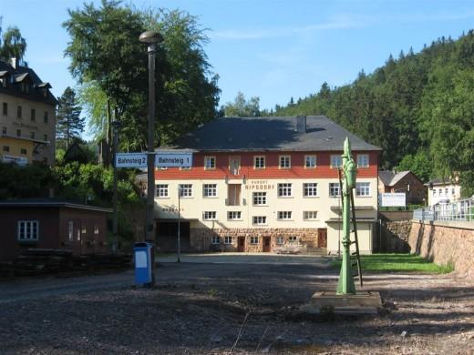 Kipsdorf - Bahnhof ohne Gleise (Foto: Armin Donath)